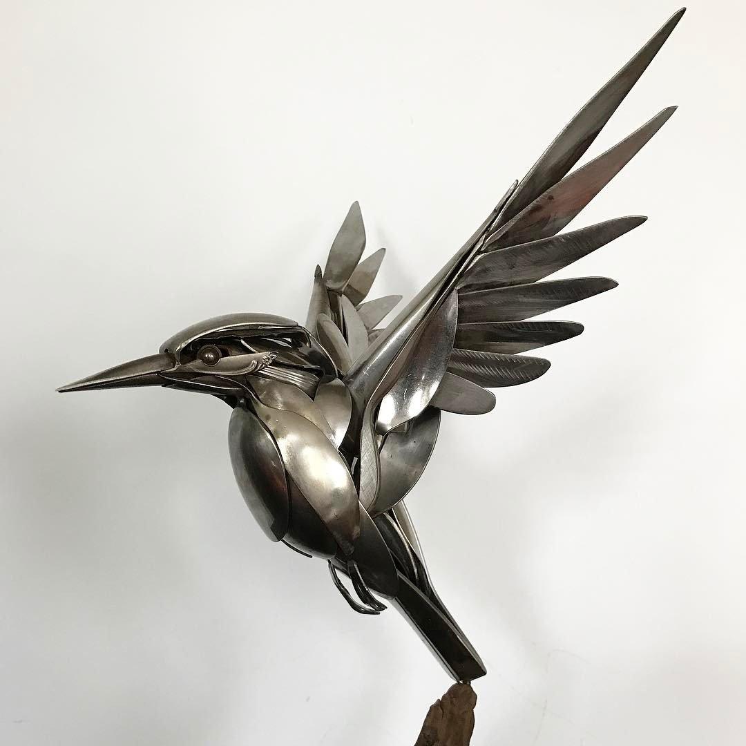 Artist Creates Amazing Bird Sculptures From Scrap Metal